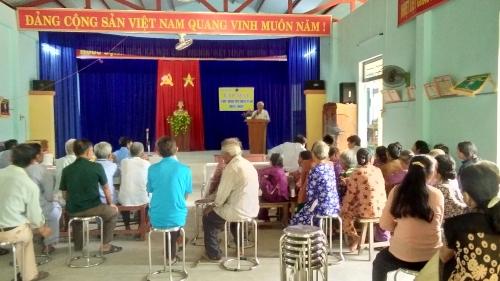 Hội người cao tuổi xã tổ chức kỷ niệm 77 năm ngày truyền thống hội và mừng thọ cho các cụ ông cụ bà.