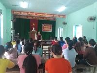 Hội LHPN xã Quế Châu tổ chức tuyên truyền chuyên đề.